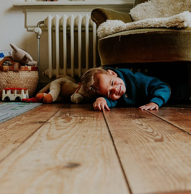 """Waarom jouw kind thuis dwars is (en dat klopt)"" (KiiND)"