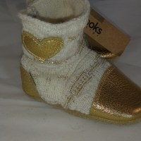 Cream and gold 6-12m