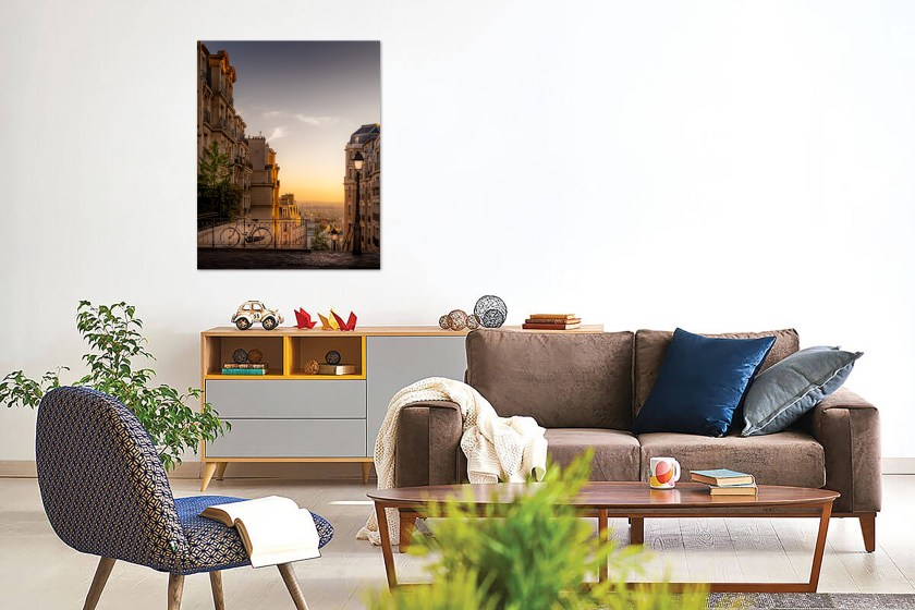 Montmartre Glow Wall Preview