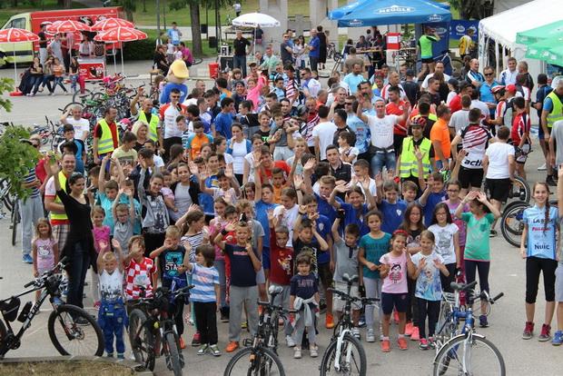 Biciklijadom otvoreno Posuško lito