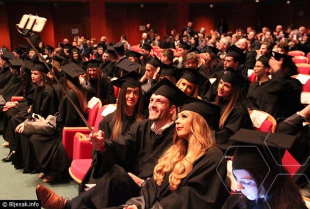 pravnici-diplome1