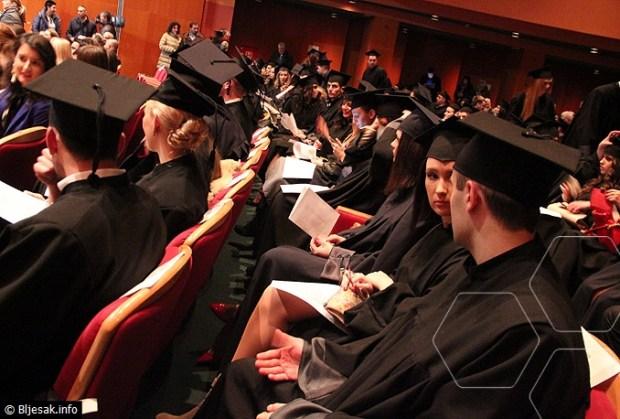 pravnici-diplome3