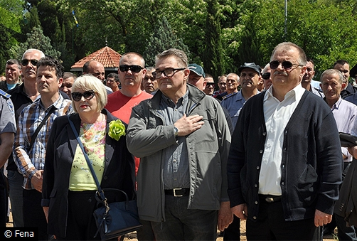 prosvjed-policija-hnz-logor4
