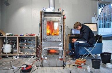 e-Kaminofen für Heizung, Wasser und Strom