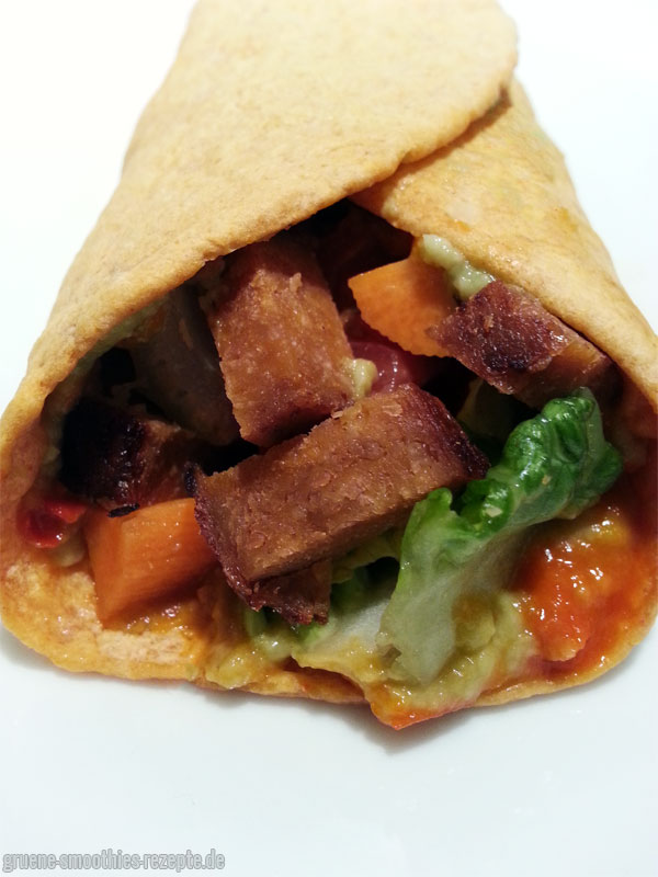 Vegane Ajvar-Avocado-Wraps mit zerstückelten Grill-Steaks :)
