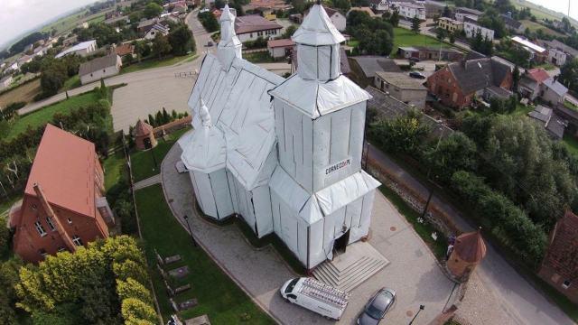 fumigacja zabytkowego kościoła