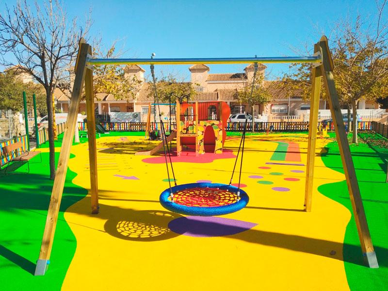 Pavimento de Caucho Continuo de colores llamativos amarillo y verde