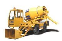 CARMIX 2.5 TT Potencia 115 CV Peso de 6100 Kg Capacidad tolva 3450 l Producción 2,5 m3 por amasada Velocidad de trabajo 10 km/h Velocidad de desplazamiento 30 km/h Pendiente superable 30%