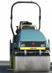 SERIE ARX RODILLOS TANDEM Peso de 1400 A 4070 Kg Ancho de trabajo de 820 a 1380 mm Compactación de 23 a 55 kN