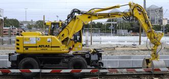 ATLAS 1604 ZW Peso de 22000 Kg Potencia 157 CV Profundidad de excavación 4,45 m