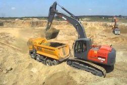 ATLAS 260 LC Peso de 26600 Kg Potencia 170 CV Profundidad de excavación 7,69 m