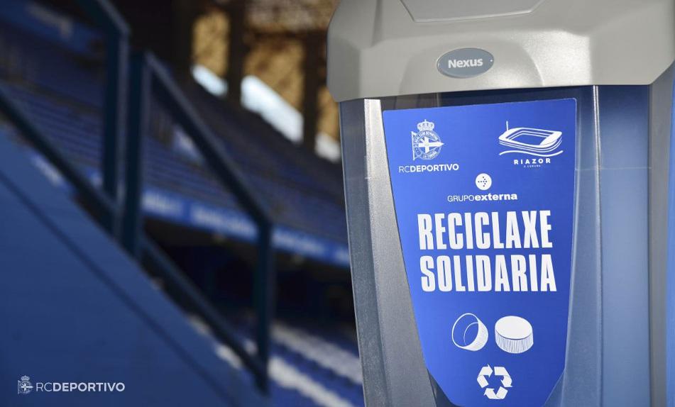 Colaboración con el Deportivo en el reciclaje de tapones