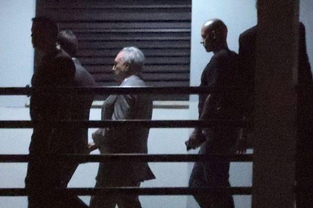 Desembargador manda soltar Temer e Moreira Franco