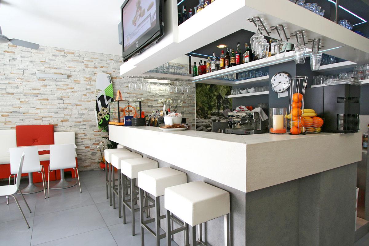 Immagine di bar gelateria frisullo, torre san giovanni: Bar Gardesana Gruppo 5 Custom Made Furnishings For Hotels Contract Sector And Homes