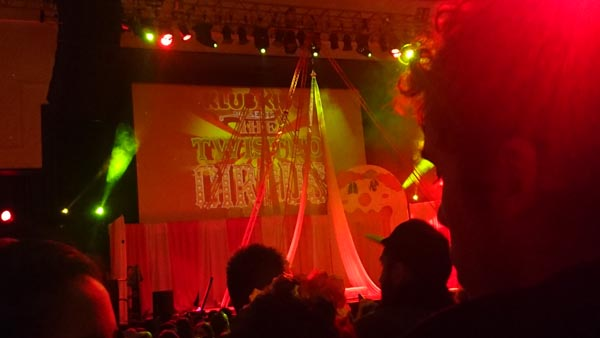 794b8b587 REVIEW  Journey to a Twisted Circus  Troxy