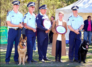 PD Tyson (left) and PD Hutch 2007 GSDCA Service Awards