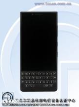 BlackBerry KEYone2/fot. TENAA