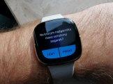 Fitbit Sense badanie EKG (2)