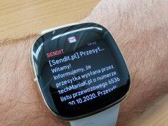 Fitbit Sense przykładowe powiadomienie (1) / fot. techManiaK