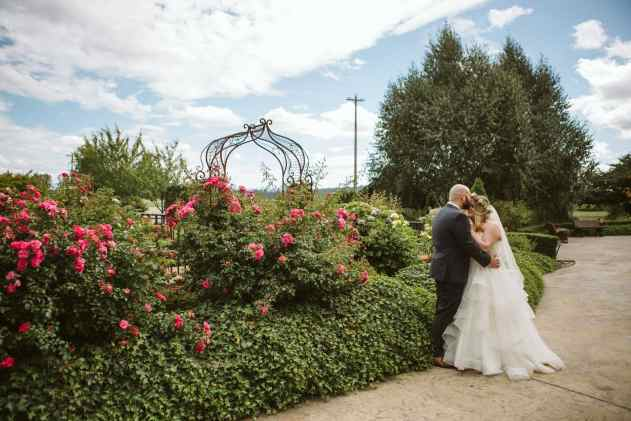 GW1 1124 1 Seattle and Snohomish Wedding and Engagement Photography by GSquared Weddings Photography