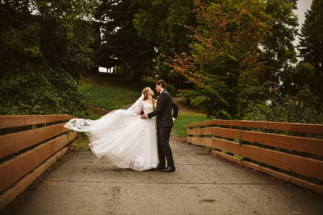 GW1 0924 Seattle and Snohomish Wedding and Engagement Photography by GSquared Weddings Photography