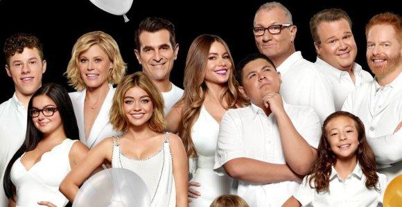 Modern Family Season 8 Episode 19 Download 480p WEB-DL 100MB