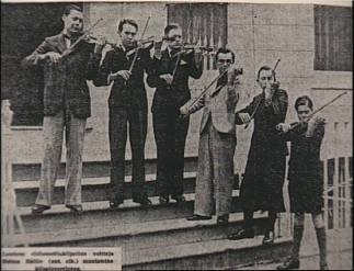 Heimo Haitto (farthest right) winner of the International Competition, with other finalists. London, 1939
