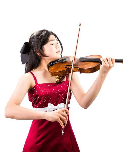 violin soloist Momoka Yanagisawa