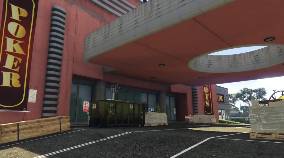 """Travaux à l'entrée du """"Diamond Casino & Hôtel"""" - Semaine 2"""