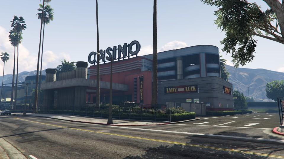 """Travaux à l'entrée du """"Diamond Casino & Hôtel"""" - Semaine 5"""