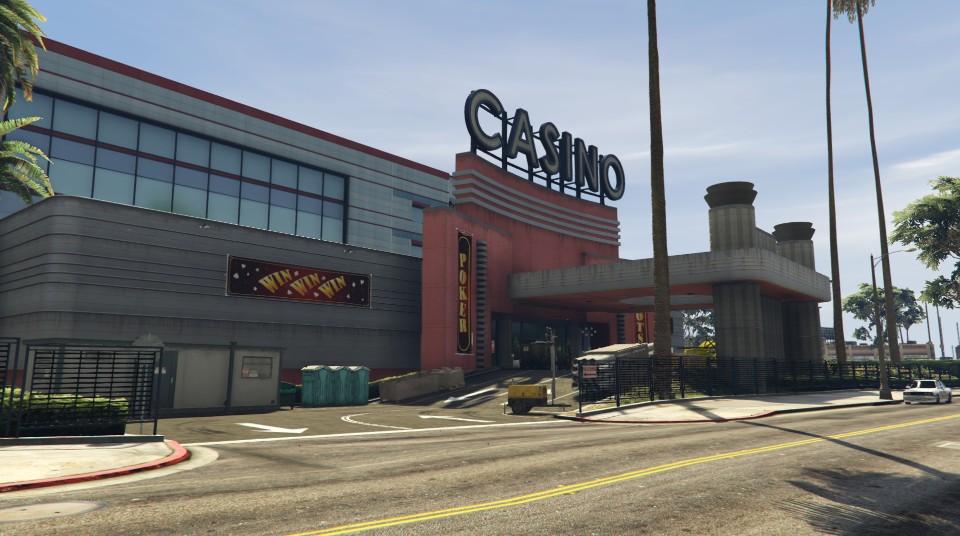 """Travaux à l'entrée du """"Diamond Casino & Hôtel"""" - Semaine 6"""