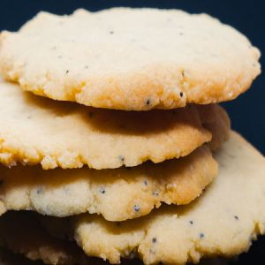 Keto Kitchen Keto Cookies Traditional Lemon Poppyseed Shortbread 6 Cookies in Resealable Bag. Low Carb, Keto, Diabetic Friendly, Wheat and Gluten Free, All Natural, No Sugar Added.