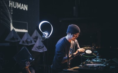 Intelligenza artificiale e creatività umana si incontrano in musica