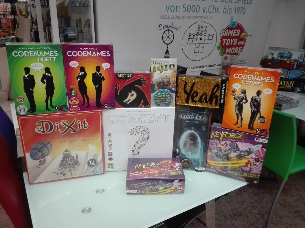Games, Toys & more Codenames Partyspiele Linz