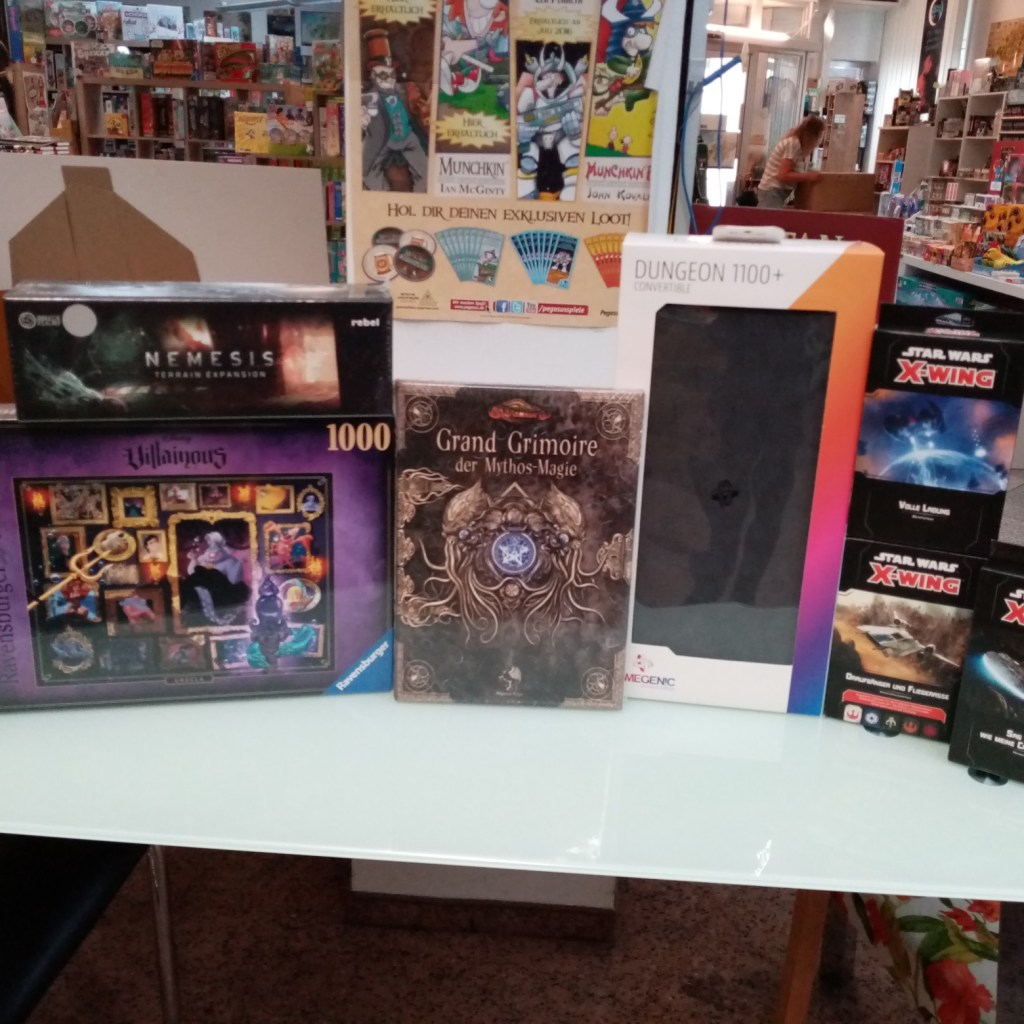 Games, Toys & more Dungeon Deck Case Gamegenic Linz