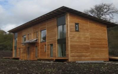De keuze van de juiste exclusieve en natuurlijke houten gevelbekleding