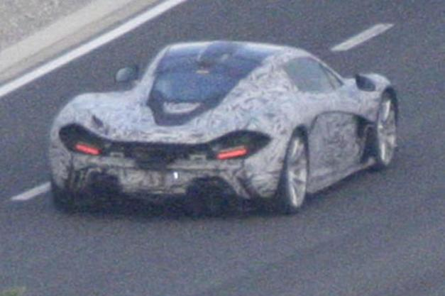 Spyshots McLaren P1 Production Model Photo 4