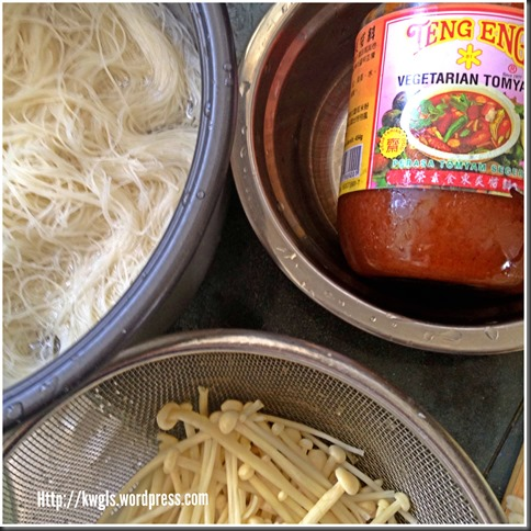 "Come, Lets Have A ""Soaked"" Rice Vermicelli Dish–Vegetarian Fried Tom Yam Bee Hoon (素炒东炎炒米粉)"