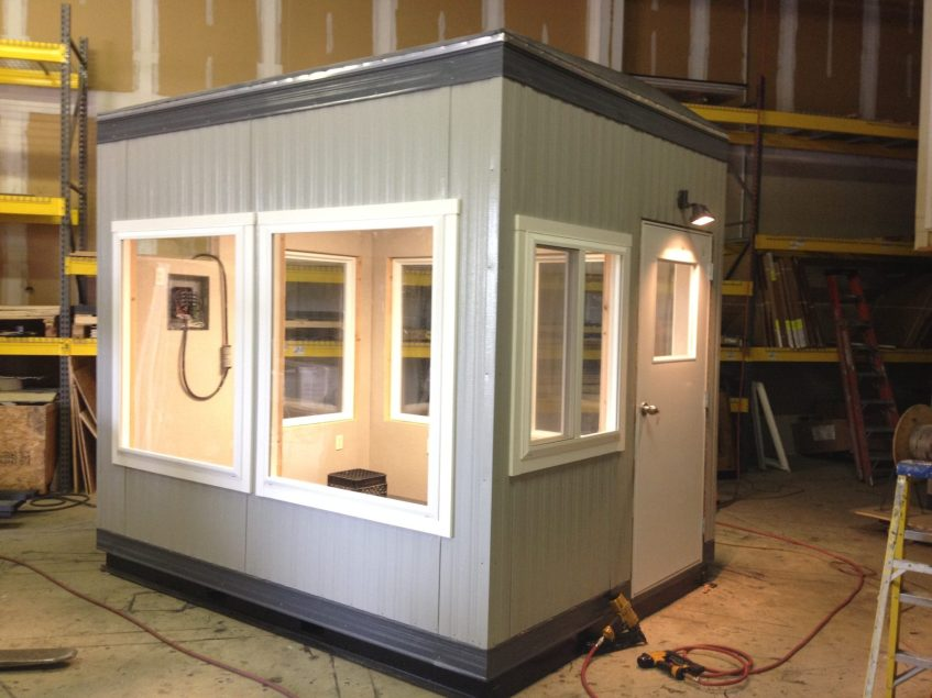 8 x 10-Operator Booth-Carmuese