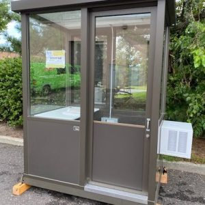 Guard Shack 4 x 6 Bronze-Sliding Door-46GBALSD-EXT1