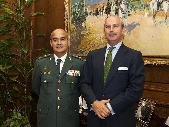El Director General recibe al GENERAL ALCANTUD