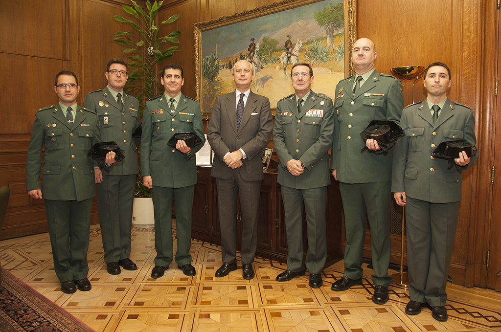 """El Director General recibe a la Junta Directiva de la """"Asociación Profesional de Cabos de la Guardia Civil (APC-GC)"""" creada recientemente"""