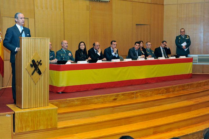 Acto de entrega de Diplomas del CXLV Curso de Tráfico en las modalidades de Motoristas y Atestados