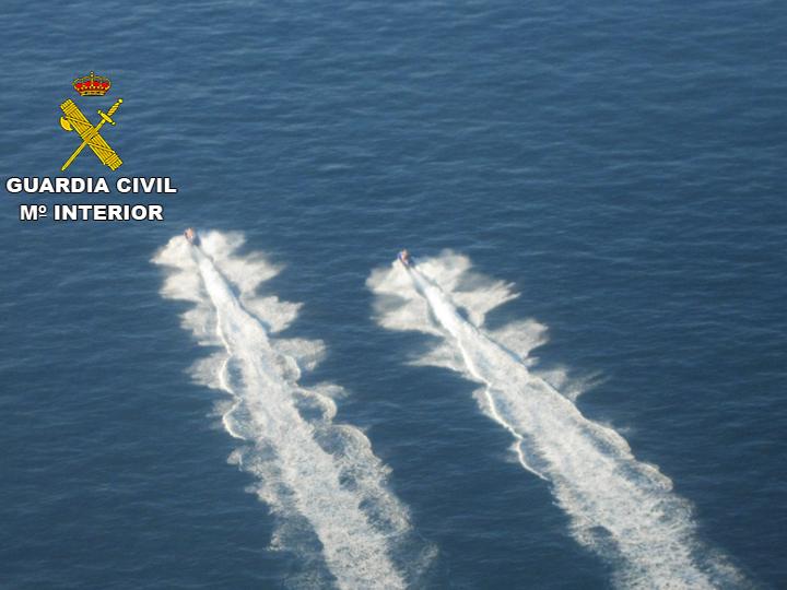 La Guardia Civil desarticula una organización que introducía hachís en motos acuáticas desde Marruecos