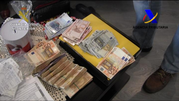 Detenidas 42 personas por defraudar más de 2 millones de euros en la compra-venta de vehículos de segunda mano
