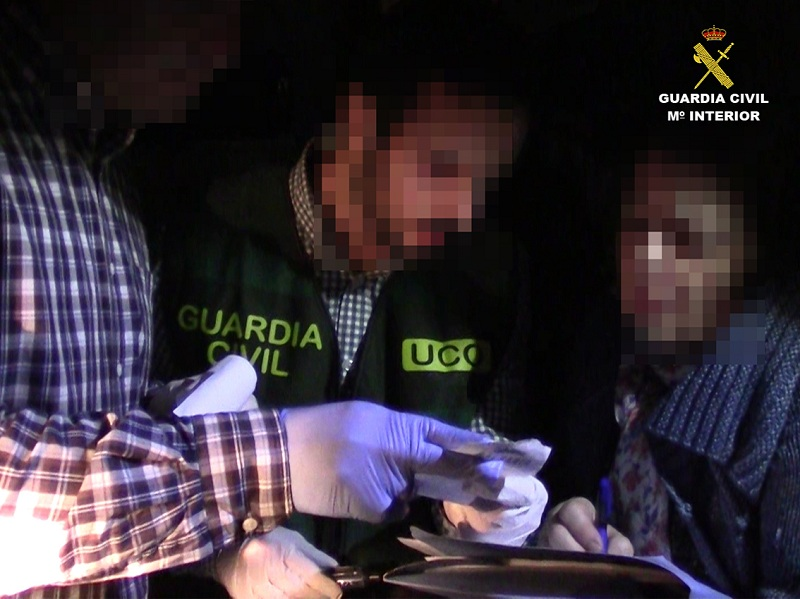 La Guardia Civil detiene a tres personas que simularon el secuestro de la novia de uno de ellos para cobrar un rescate