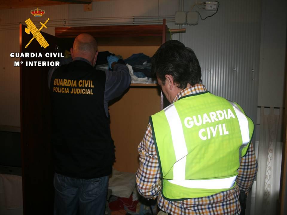 La Guardia Civil detiene a cinco personas  presuntas autoras del homicidio de un anciano al que le robaron