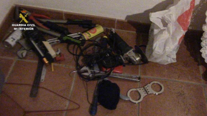 La Guardia Civil detiene al cabecilla de una peligrosa banda de atracadores de Granada huido desde octubre
