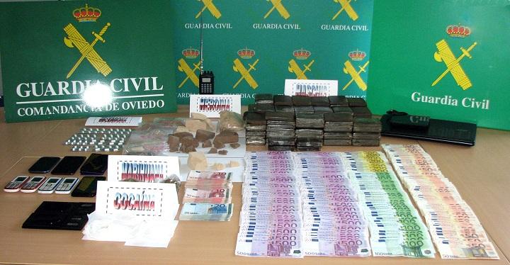 La Guardia Civil detiene a 48 integrantes de la principal red de tráfico de drogas en Asturias