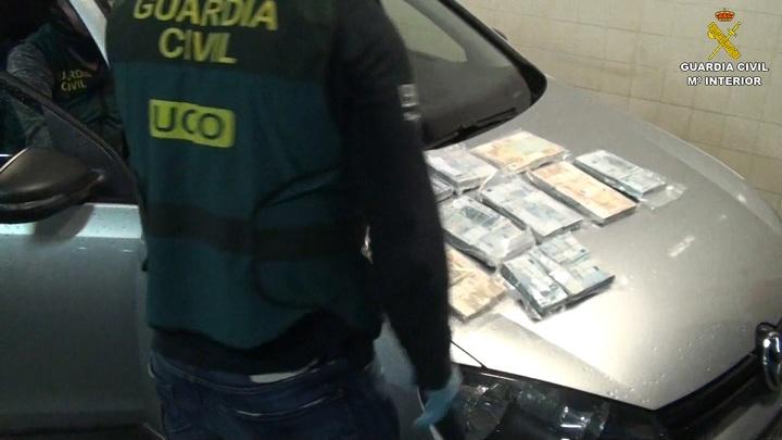Desmantelada una organización internacional de tráfico de drogas y armas entre Holanda, España y Portugal